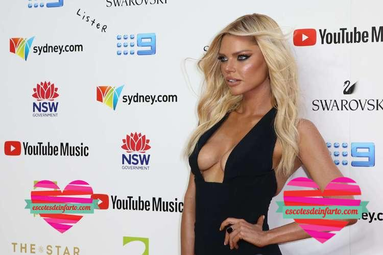 Sexy Sophie Monk