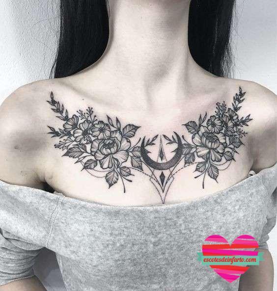 Tatuajes en el escote