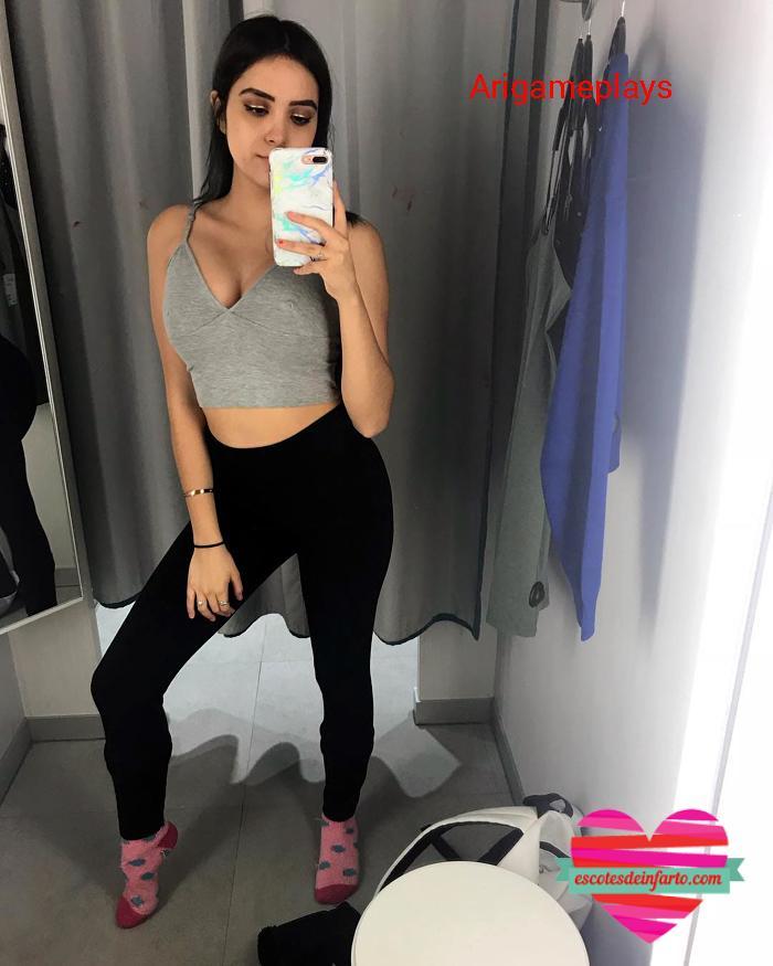 Arigameplays selfie en el vestuario