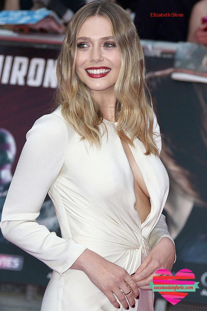 Elizabeth Olsen de blanco con escote pronunciado