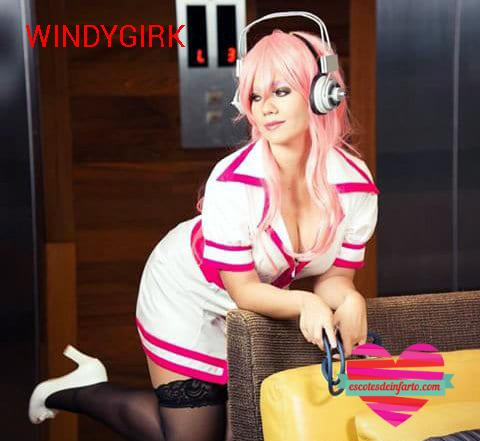 Windygirk cosplay enfermera sexy