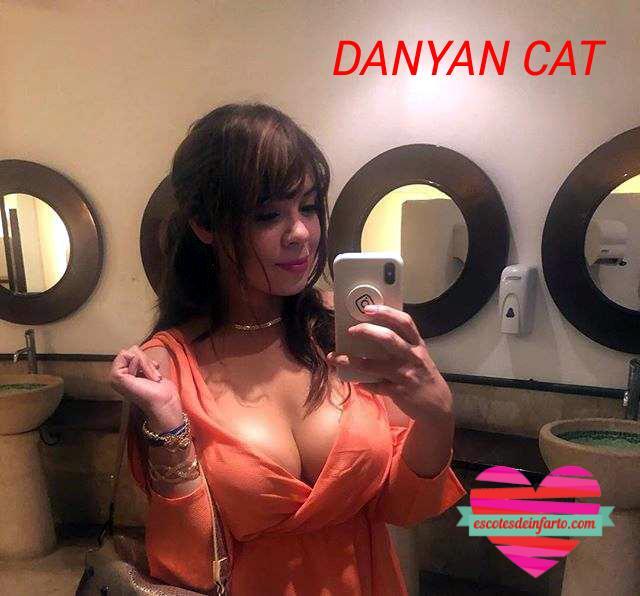 Danyan Cat se hace un selfie