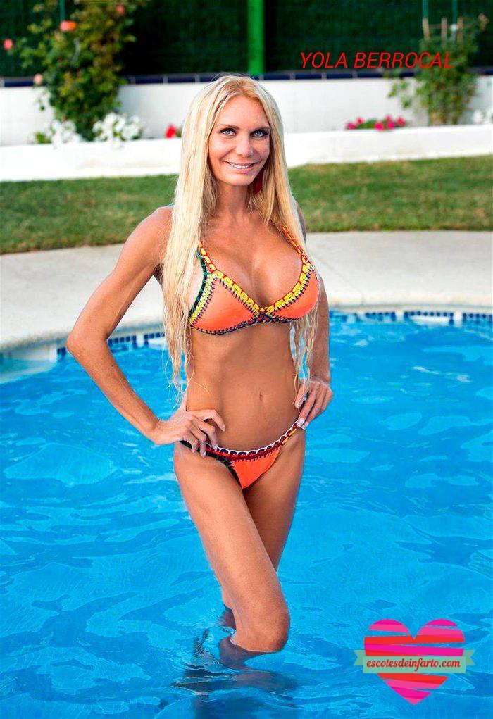 Yola Berrocal En bikini naranja