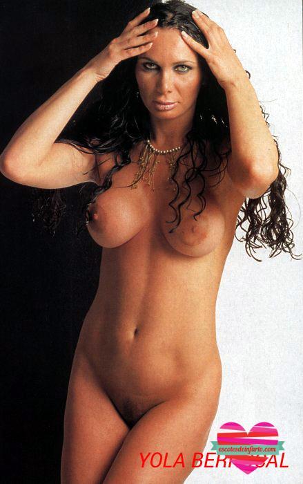 Yola Berrocal desnudo integral pelo rizado
