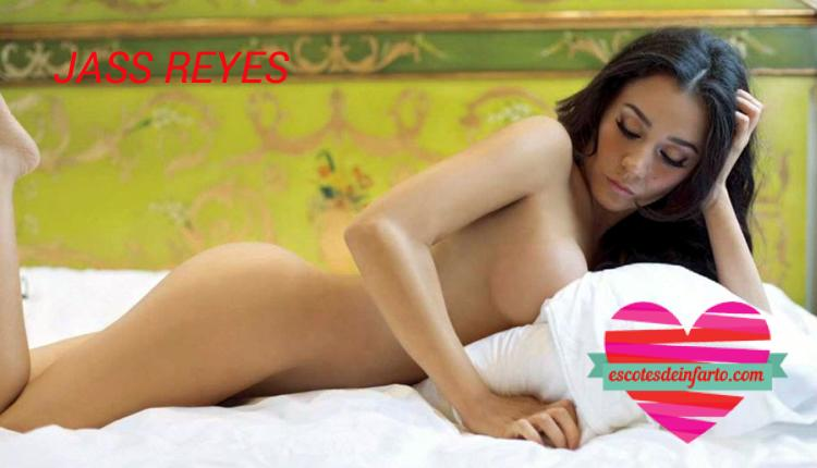 Jass Reyes Desnuda 09